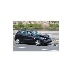 Foto naklejka samoprzylepna 100 x 100 cm - Wypadek drogowy