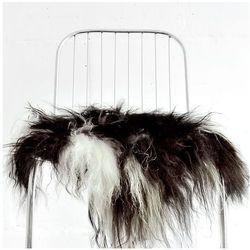 narzuta na krzesło z owczej skóry - czarno - biała