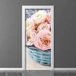 Fototapeta na drzwi róże w niebieskim koszu 4202