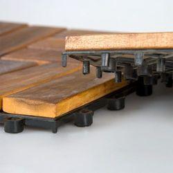 Drewniana płytka podest z akacji Garth 30 x 30 x 2,4 cm 1 szt.