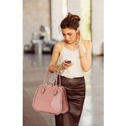 Lakierowana pudrowo różowa torebka | lakierowane torebki