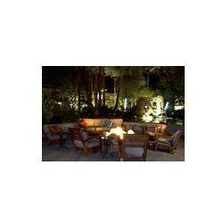 Foto naklejka samoprzylepna 100 x 100 cm - Meble patio od strony basenu zapalił się w nocy