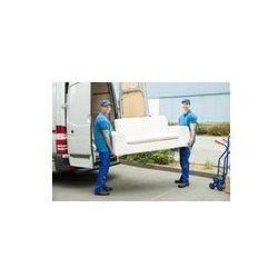 Foto naklejka samoprzylepna 100 x 100 cm - Pracownicy umieszczenie meble i pola w ciężarówce