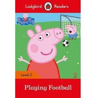Peppa Pig: Playing Football Ladybird Readers Level 2 (opr. miękka)