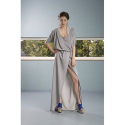 Suknia dresowa z kapturem