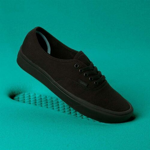 buty VANS - Comfycush Authentic (Classic) Black/Black (VND) rozmiar: 41